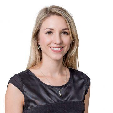 Dominika Eichstädt – Kauffrau für Versicherungen und Finanzen (IHK)