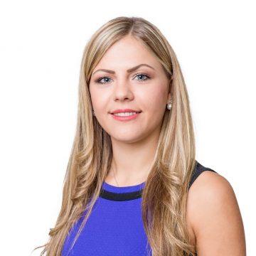 Jenny-Kathleen Zeidler – Kauffrau für Versicherungen und Finanzen (IHK)