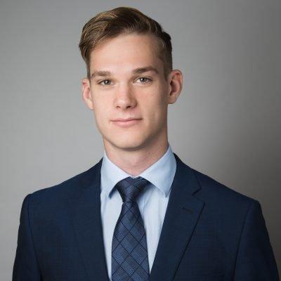 Romario Hartwig – Auszubildender zum Kaufmann für Versicherungen und Finanzen (IHK)